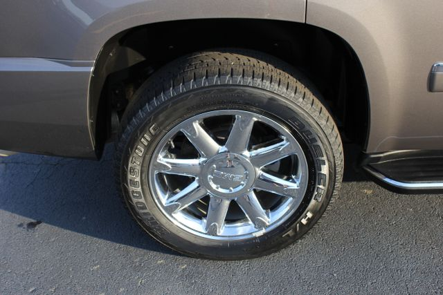 2014 GMC Yukon Denali AWD-NAV-DVD-LOW MILES! Mooresville , NC 25