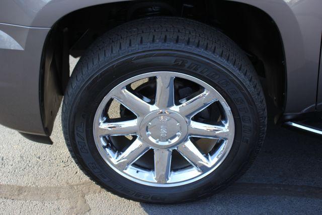 2014 GMC Yukon Denali AWD-NAV-DVD-LOW MILES! Mooresville , NC 29
