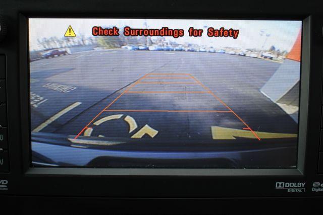 2014 GMC Yukon Denali AWD-NAV-DVD-LOW MILES! Mooresville , NC 32