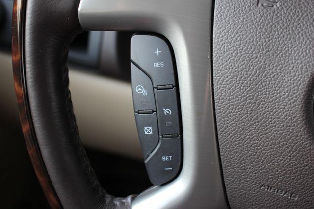 2014 GMC Yukon Denali AWD-NAV-DVD-LOW MILES! Mooresville , NC 40