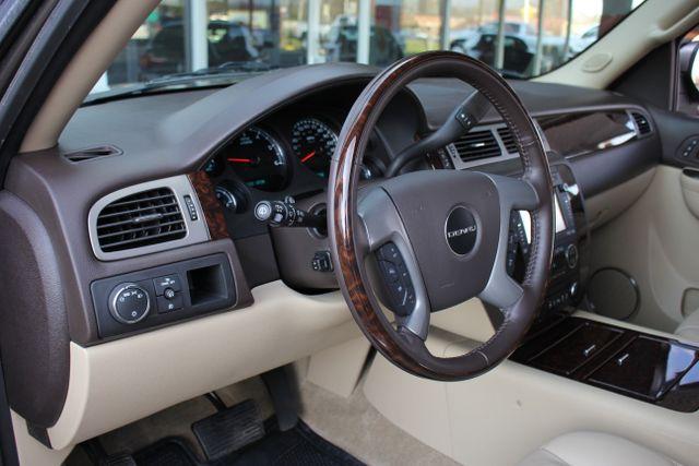 2014 GMC Yukon Denali AWD-NAV-DVD-LOW MILES! Mooresville , NC 45