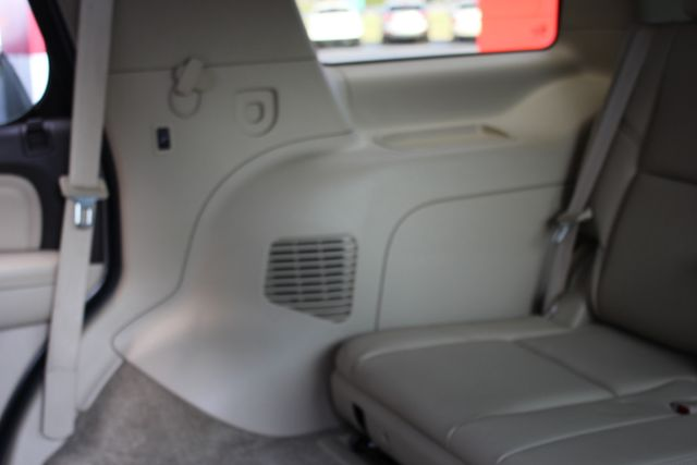2014 GMC Yukon Denali AWD-NAV-DVD-LOW MILES! Mooresville , NC 65