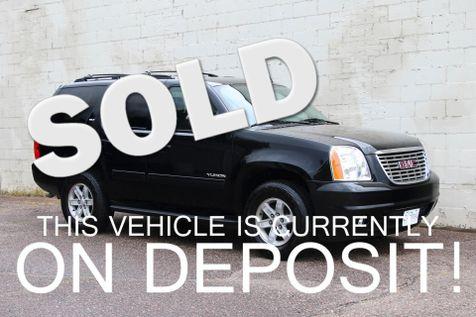 2014 GMC Yukon SLT 4x4 Luxury SUV w/Backup Cam, Heated Seats, BOSE Audio, Tow Pkg & 3rd Row Seats in Eau Claire