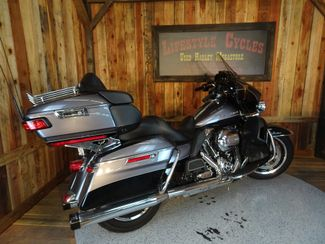 2014 Harley-Davidson Electra Glide® Anaheim, California 13