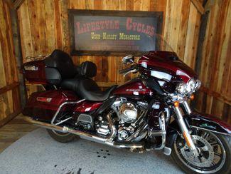 2014 Harley-Davidson Electra Glide® Ultra Limited Anaheim, California 10