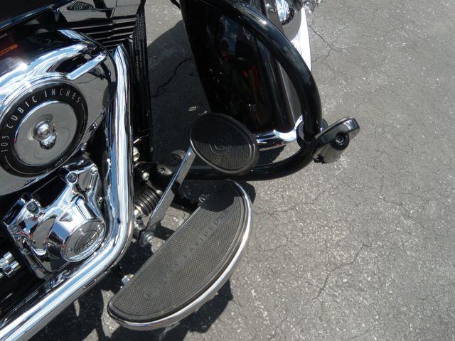 2014 Harley-Davidson Softail® Heritage Softail® Classic Ephrata, PA 10