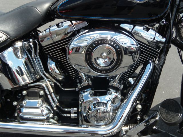 2014 Harley-Davidson Softail® Heritage Softail® Classic Ephrata, PA 9