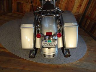 2014 Harley-Davidson Street Glide® Anaheim, California 22