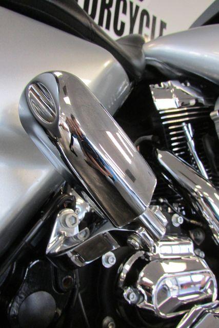 2014 Harley-Davidson Street Glide® Base Arlington, Texas 18