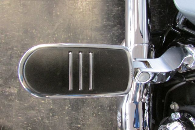 2014 Harley-Davidson Street Glide® Base Arlington, Texas 19