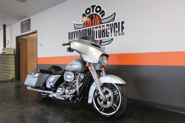 2014 Harley-Davidson Street Glide® Base Arlington, Texas 2