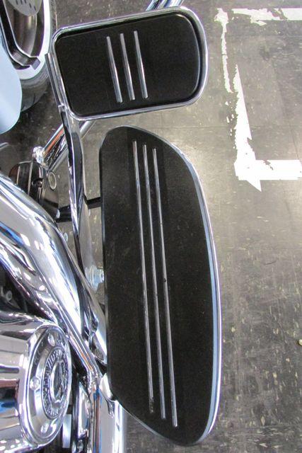 2014 Harley-Davidson Street Glide® Base Arlington, Texas 21