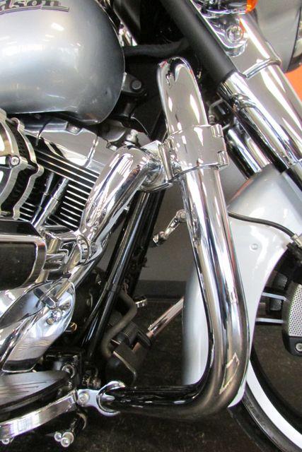 2014 Harley-Davidson Street Glide® Base Arlington, Texas 27
