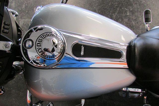 2014 Harley-Davidson Street Glide® Base Arlington, Texas 32