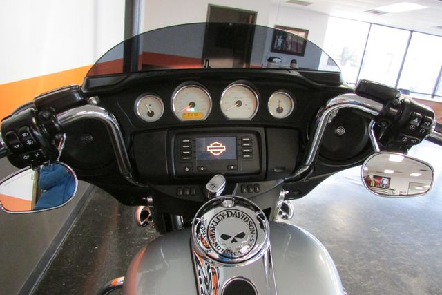 2014 Harley-Davidson Street Glide® Base Arlington, Texas 34