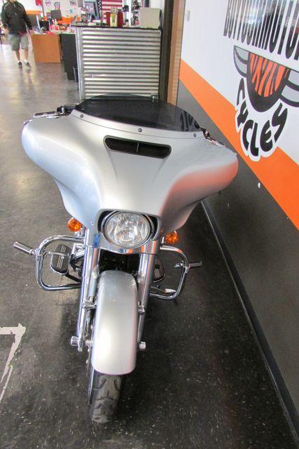 2014 Harley-Davidson Street Glide® Base Arlington, Texas 4