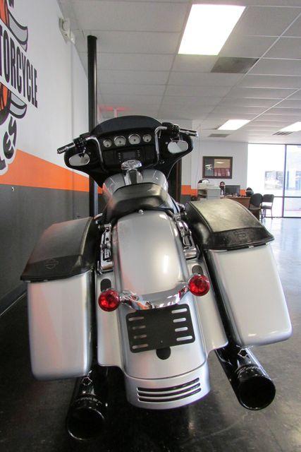 2014 Harley-Davidson Street Glide® Base Arlington, Texas 8
