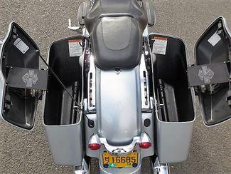 2014 Harley-Davidson Street Glide® Base Bend, Oregon 15