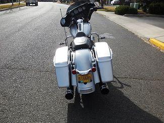 2014 Harley-Davidson Street Glide® Base Bend, Oregon 6