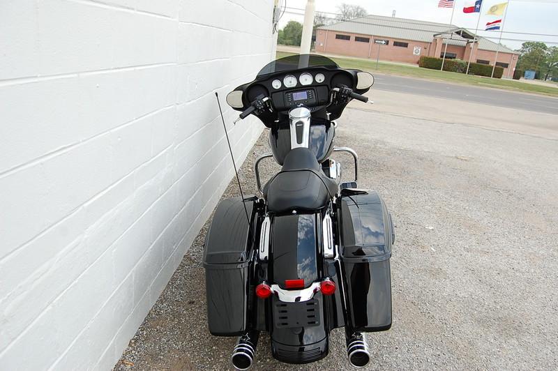 2014 Harley-Davidson Street Glide  in Hurst, TX