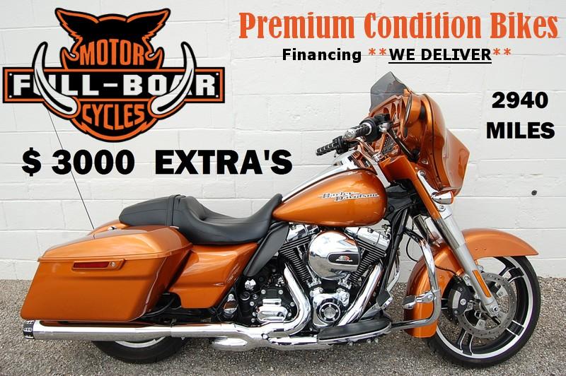 2014 Harley-Davidson Street Glide® Base in Hurst TX