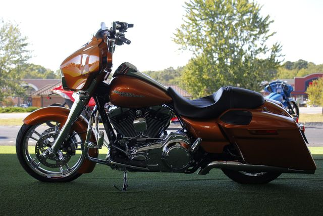 2014 Harley-Davidson Street Glide FLHX - UPGRADES GALORE! - IMMACULATE! Mooresville , NC 8
