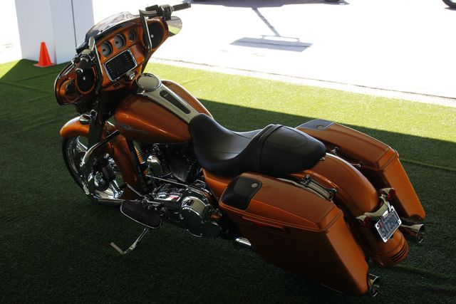 2014 Harley-Davidson Street Glide FLHX - UPGRADES GALORE! - IMMACULATE! Mooresville , NC 14