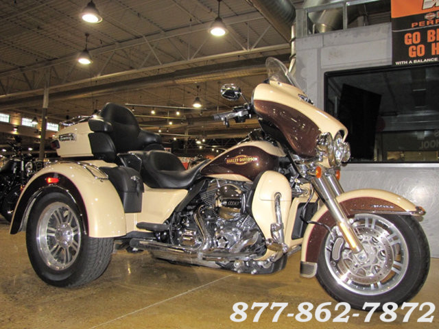 2014 Harley-Davidson TRI-GLIDE ULTRA TRIKE FLHTCUTG TRIGLIDE ULTRA TRIKE McHenry, Illinois 2