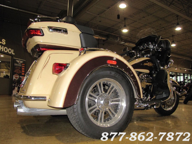 2014 Harley-Davidson TRI-GLIDE ULTRA TRIKE FLHTCUTG TRIGLIDE ULTRA TRIKE McHenry, Illinois 44