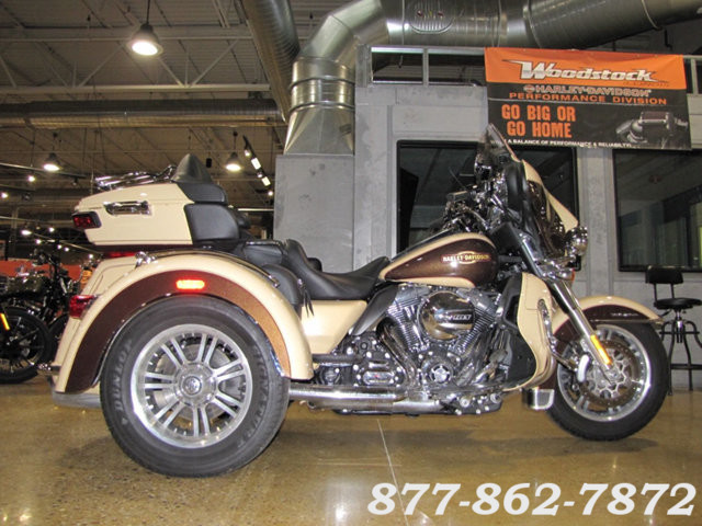 2014 Harley-Davidson TRI-GLIDE ULTRA TRIKE FLHTCUTG TRIGLIDE ULTRA TRIKE McHenry, Illinois 46