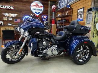 2014 Harley-Davidson Trike Tri Glide® Ultra Anaheim, California 4