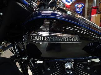 2014 Harley-Davidson Trike Tri Glide® Ultra Anaheim, California 12