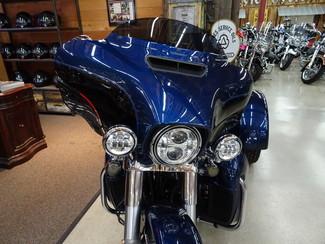 2014 Harley-Davidson Trike Tri Glide® Ultra Anaheim, California 3