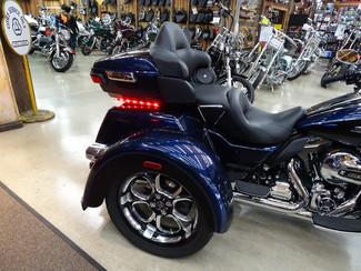 2014 Harley-Davidson Trike Tri Glide® Ultra Anaheim, California 29