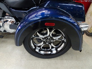 2014 Harley-Davidson Trike Tri Glide® Ultra Anaheim, California 18