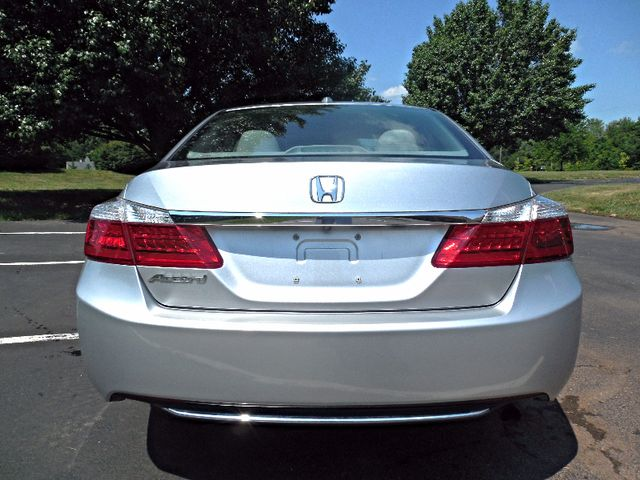2014 Honda Accord EX-L Leesburg, Virginia 7