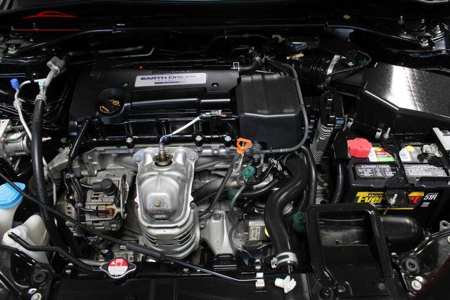 2014 Honda Accord EX-L Merrillville, Indiana 8