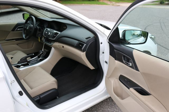 2014 Honda Accord LX Mooresville, North Carolina 18