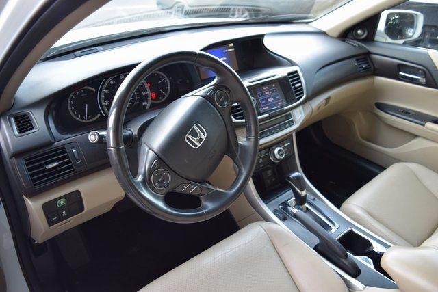 2014 Honda Accord EX-L Richmond Hill, New York 16