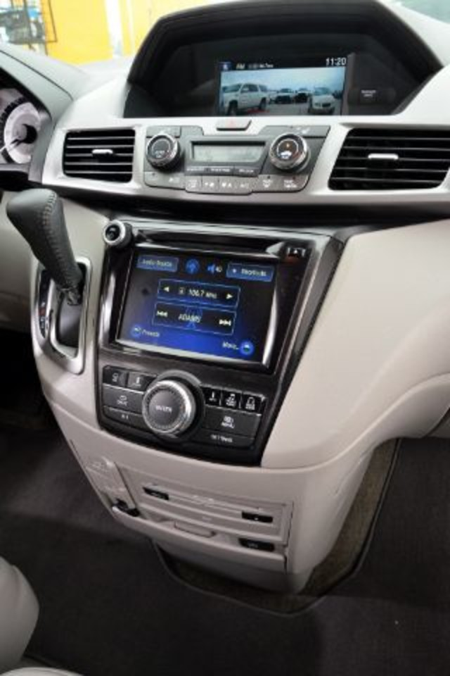 2014 Honda Odyssey Touring Elite San Antonio , Texas 12