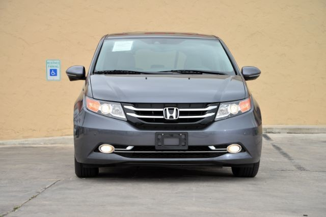 2014 Honda Odyssey Touring Elite San Antonio , Texas 3