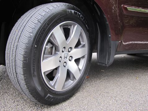 2014 Honda Pilot Touring   Louisville, Kentucky   iDrive Financial in Louisville, Kentucky
