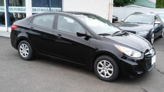 2014 Hyundai Accent GLS East Haven, CT 4