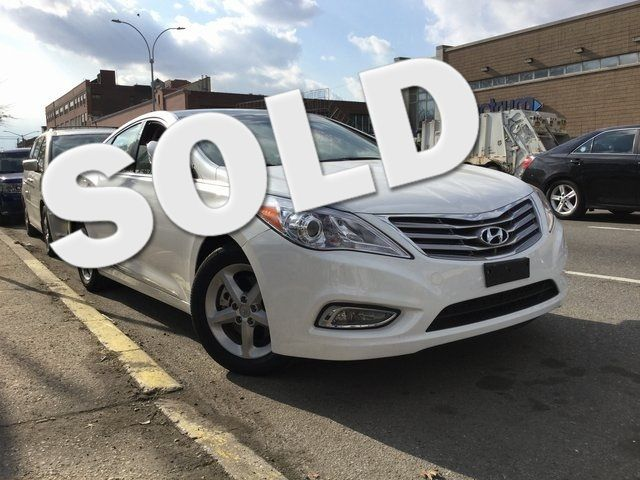 2014 Hyundai Azera Limited Richmond Hill, New York 0