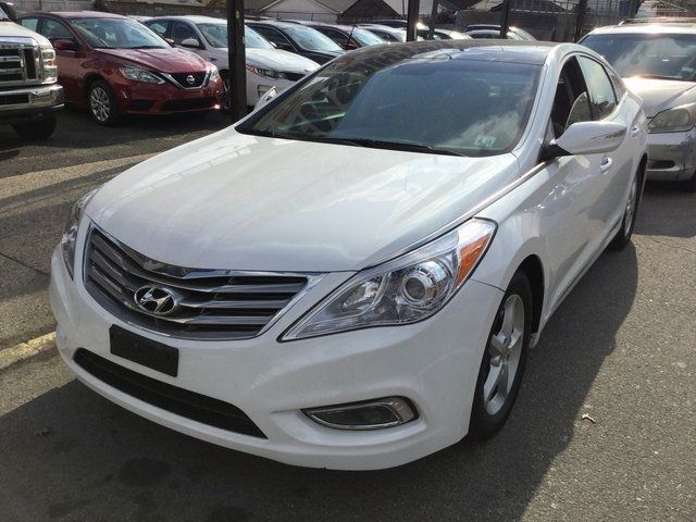 2014 Hyundai Azera Limited Richmond Hill, New York 2