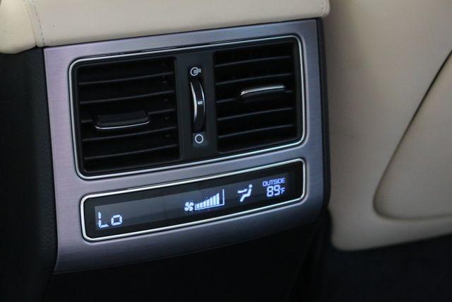 2014 Hyundai Equus Ultimate Mooresville, North Carolina 24