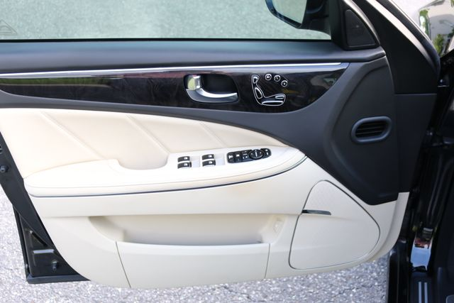 2014 Hyundai Equus Ultimate Mooresville, North Carolina 93