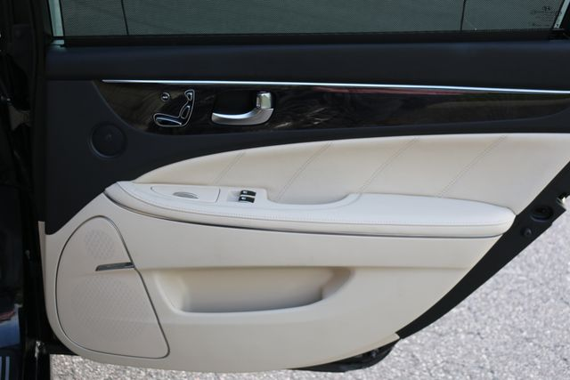2014 Hyundai Equus Ultimate Mooresville, North Carolina 98