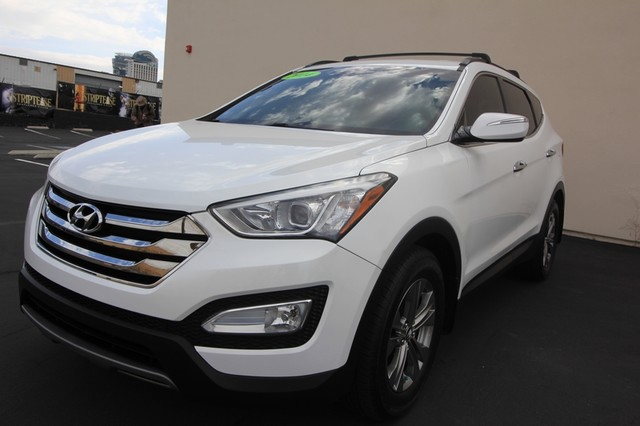 2014 Hyundai Santa Fe Sport* LEATHER* IPOD* BACK UP HEATED* LOW MILES* LIKE NEW* BEST COLOR Las Vegas, Nevada 0
