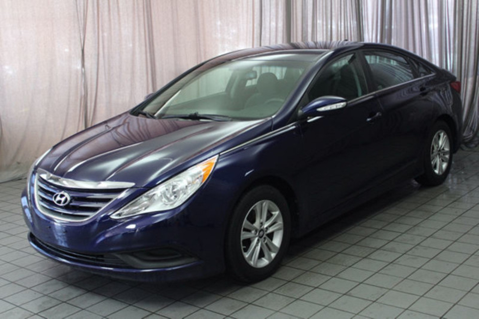 2014 hyundai sonata gls city oh north coast auto mall of akron. Black Bedroom Furniture Sets. Home Design Ideas